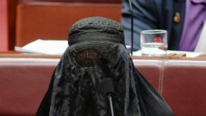 Hanson in burka