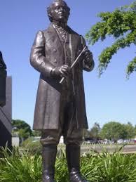 Robert Towns Statue