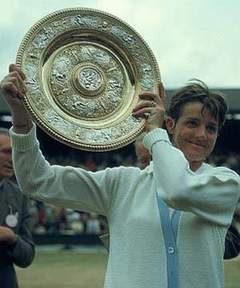 imargaret Court at Wimbledon s